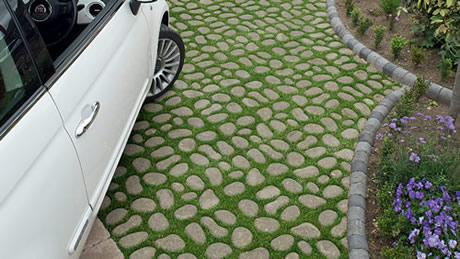Permeable pavers adds to the aesthetics of a home